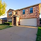 CHARMING HOME IN THE COVENTRY ADDITION! - Fort Worth, TX 76036