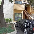 1/1 near UT, reserved parking - Austin, TX 78705
