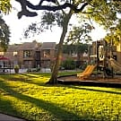 Crescentwood Apartments - Clute, TX 77531