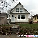 Spacious 2 Bed 1 Bath In N. Mpls!! Available NOW! - Minneapolis, MN 55412