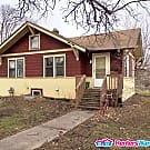 4 Bed 2 Bath Near U of M Campus - Minneapolis, MN 55414