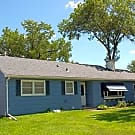Lovely Hopkins Home - Hopkins, MN 55343