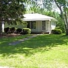 Very Nice 2 Bedroom Ranch Home in Wixom - Wixom, MI 48393