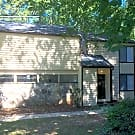 1644 Pineford Ct - Stone Mountain, GA 30088
