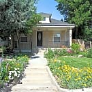 Beautiful Victorian 3 Bed 2 Bath - Colorado Springs, CO 80905