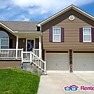 Beautiful 3 Bedroom Corner Lot Home - Raymore, MO 64083