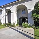 Royal Villa Apartments - Reseda, California 91335
