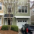 EXECUTIVE TOWNHOME IN GATED BROOKHAVEN - Brookhaven, GA 30319