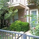 Fantastic 3 level Townhouse near Baylor. - Dallas, TX 75204