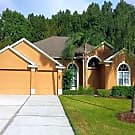 EXQUISTE  4/3.5 HOME W/PRIVATE POOL & BACKYARD - Winter Springs, FL 32708