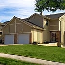 Chapel Oaks Townhomes - Lees Summit, Missouri 64064