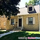 Stunning 2 Bdrm West Allis Cape Cod - West Allis, WI 53214
