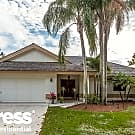 8722 Escondido Way E - Boca Raton, FL 33433