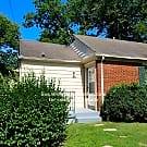 Cute duplex available in Green Hills! - Nashville, TN 37204