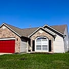 OFFERING ONE MONTH FREE  3/2 HOME W/BACKYARD - Greenfield, IN 46140