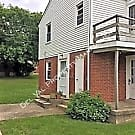 2 Bedroom Updated 2Nd Fl Apartment In Duplex For R - Chester, PA 19013