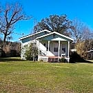 Quaint home close to Biloxi Entertainment! - Biloxi, MS 39530