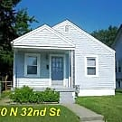 Nice 4 Bedroom House with Storage Shed - Louisville, KY 40212