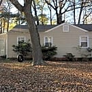 AWESOME Ranch 2BR / 1BA House in Northside! Minute - Richmond, VA 23222