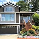 Gorgeous 5 bedroom, 3.5 bth home in Mountlake - Mountlake Terrace, WA 98043