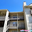 572 Candle Ln Apt 302 - Newport News, VA 23608
