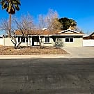 Gorgeous remodeled home by UNLV! - Las Vegas, NV 89119