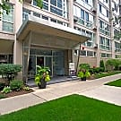 The Van Der Rohe Apartments - Chicago, Illinois 60657