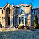 EXCEPTIONAL HOME IN DOWNERS GROVE!! - Downers Grove, IL 60516