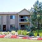 Sandhurst Apartments - Roseville, Michigan 48066
