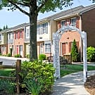 Colony Wood Townhomes - Colonial Heights, VA 23834