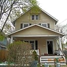 153 Hollinger Ave - Akron, OH 44302