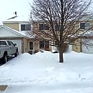 2 bedroom plus den/end unit next to yard/2 car... - Shakopee, MN 55379