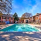 Rolling Oaks Apartments - Giddings, TX 78942
