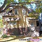3 bedroom with living rooms on 2 floors - Minneapolis, MN 55414