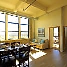 700 Lofts - Milwaukee, WI 53233