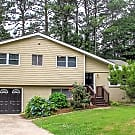 955 King James Drive - Morrow, GA 30260