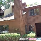 Spacious 2 bedroom Twnhome in Lindberg/Buckhead! - Atlanta, GA 30324