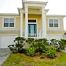 STUNNING  3/3.5 W/ BONUS RM & BACKYARD - Apollo Beach, FL 33572
