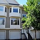 STUNNING 2 Bedroom 1.5 Bath Townhome in Inver... - Inver Grove Heights, MN 55076