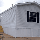 3 bedroom, 2 bath home available - Davenport, IA 52806