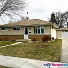 Adorable Southside 3 Bdrm - Milwaukee, WI 53220