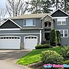 "5 Bedroom Grand Home- "" Furnished "" - Auburn, WA 98001"