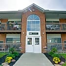 Foxmoor Apartments - Parma Heights, OH 44130