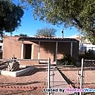 Clean Family Home 2/1 large Yard 6th/Ajo Area - Tucson, AZ 85714