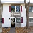 Great Location! 2 bd/1.5 ba in Bloomington. - Bloomington, MN 55425