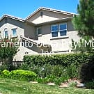 Spacious 3 Bd Condo with 2 Car Garage and Full Dri - Sacramento, CA 95835