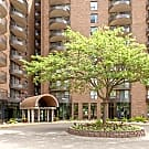 The Durham Apartments - Edina, MN 55435