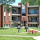 Rose Mall Apartments - Roseville, Minnesota 55113