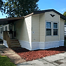2 bedroom, 2 bath home available - Moline, IL 61265