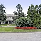 Briarwood Apartments - Waterford, MI 48327